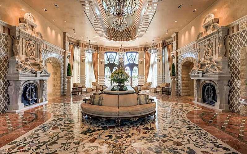 one queensridge lobby