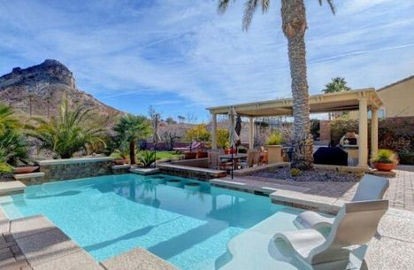pool homes for sale in henderson