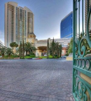 Turnberry Towers Las Vegas entrance day canva