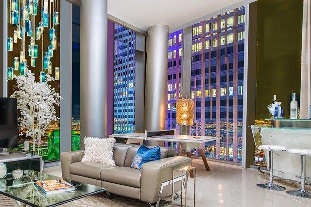 Lobby Modern Veer High Rise Condominium
