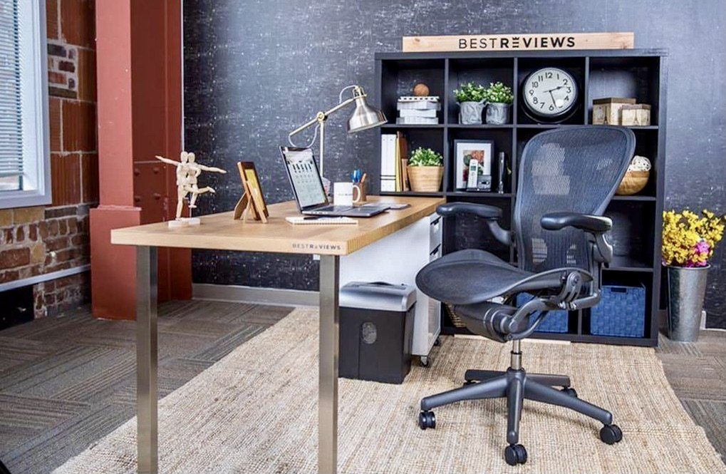 Las Vegas home office decorating tips with color